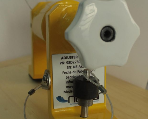 Adjuster-Kink-Seal-1