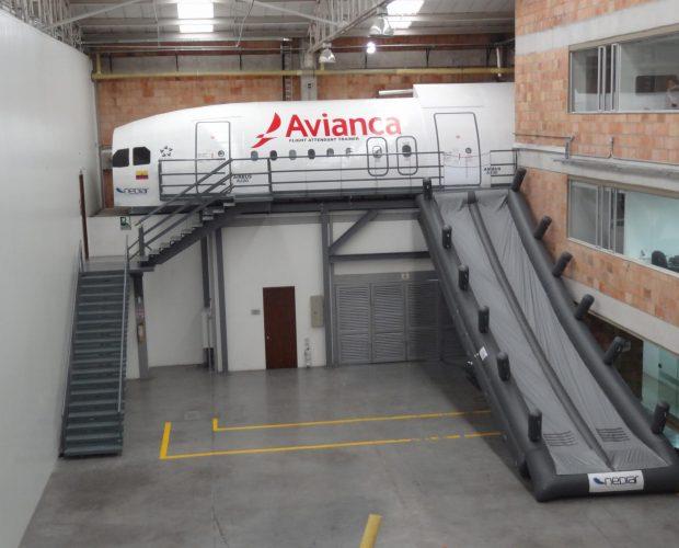 Avianca-Col.-Mock-Up-A320-A330-2
