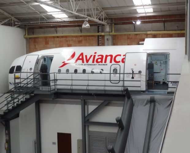 Avianca-Col.-Mock-Up-A320-A330-5