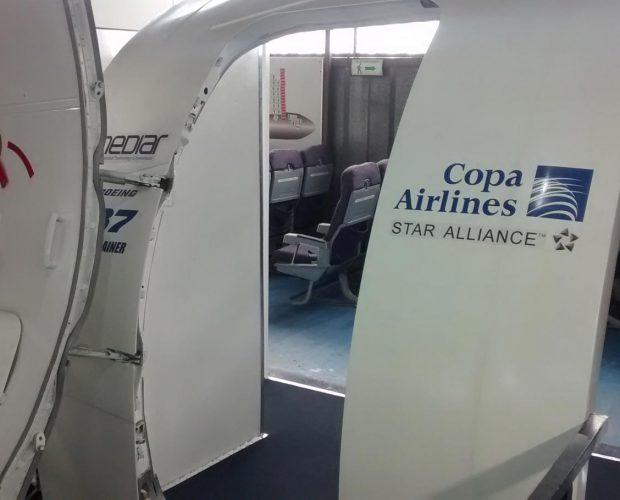 Door-Trainer-Copa-Airlines-B737---5