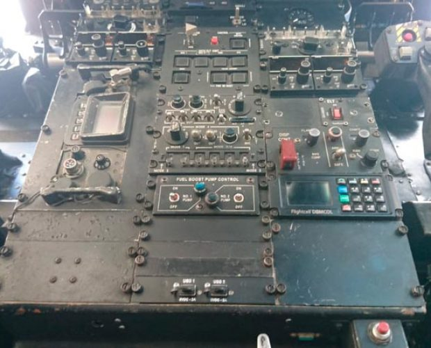 USB---Panel-UH-60---1